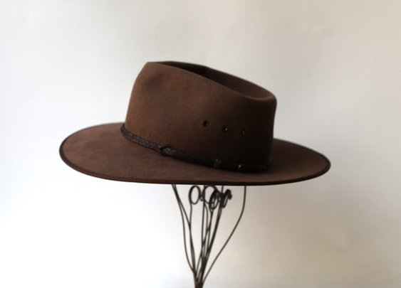 Vintage brown Cattleman Australian Akubra hat by evaelena on Etsy