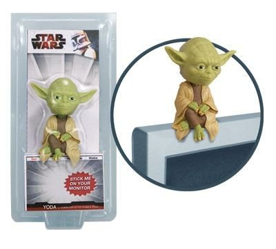 Star Wars: Yoda Computer Sitter Bobblehead Figure by Funko - Whimsical & Unique Gift Ideas for the Coolest Gift Givers