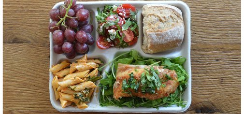 Distractify | This Is What School Lunches Look Like Around The World