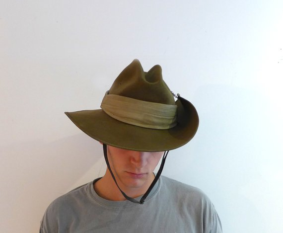 33c68bc2e4d Vintage Akubra khaki felt slouch Australian army hat by evaelena ...