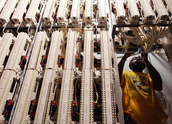 Republican FCC Member Warns Net Neutrality Is Not Neutral - Breitbart
