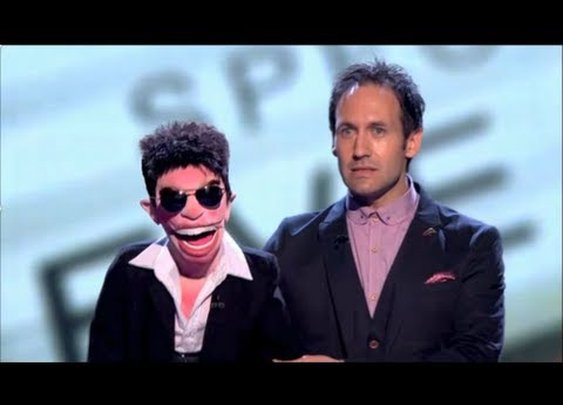 How to be funny. A stunning performance by ventriloquist Steve Hewlett.