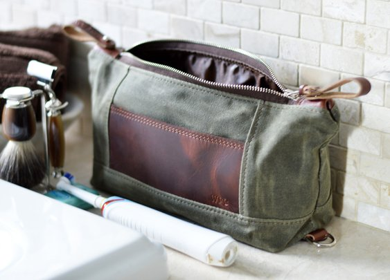 A functional dopp kit, perfect for organizing all men's grooming essentials