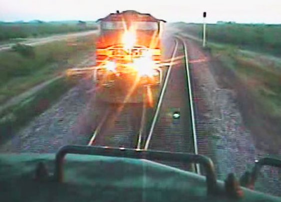 Near Head-On Collision Of BNSF Freight Trains! - Train Fanatics