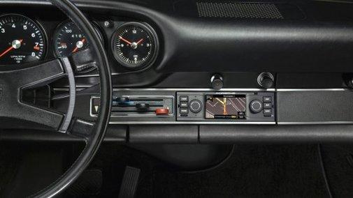 Porsche offering retrofit navigation system for classic cars