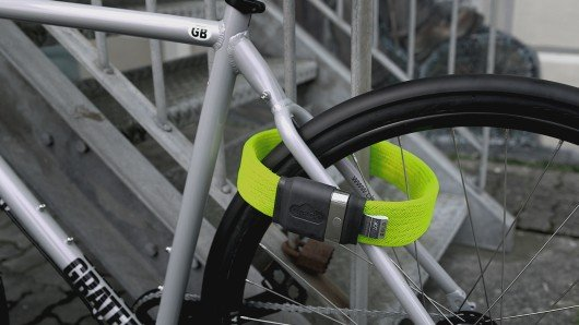 Litelok offers lightweight flexible bike security