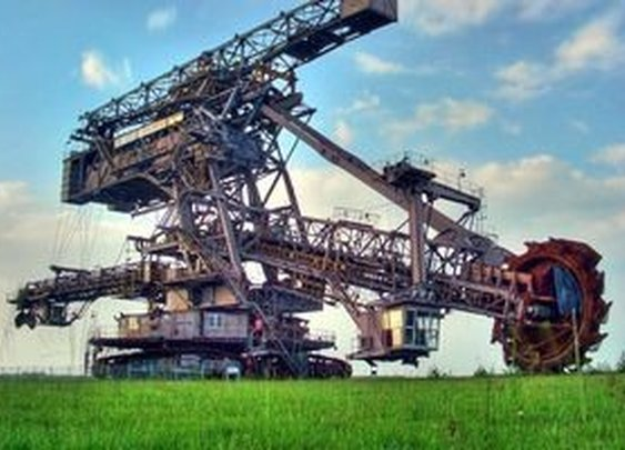 Sexy Beasts: 8 Giant Crazy Machines That Build Our Roads And Railways | Atlas Obscura