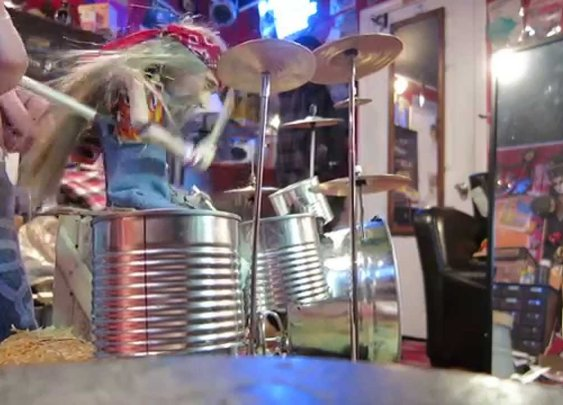 A Puppet's 'Tom Sawyer' Drum Cover