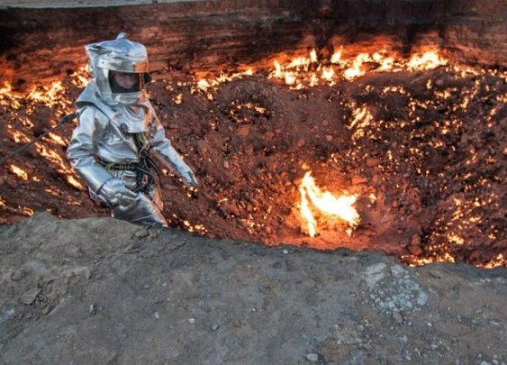 The First Man to Descend into Turkmenistan's Door to Hell