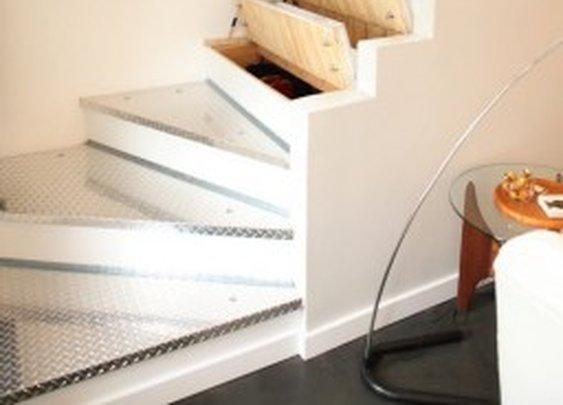 Hidden Storage In Stairs   StashVault