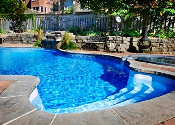 Pros and Cons of Buying a Home With a Pool