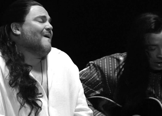 Jack Black & Jimmy Fallon recreate Extreme's More than Words