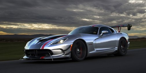 Dodge goes all-out with the 2016 Viper ACR