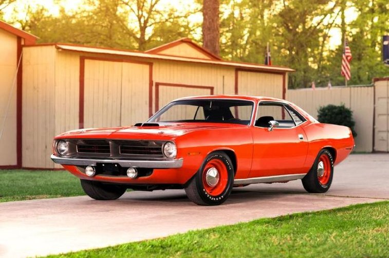 1970 Plymouth Hemi Cuda With Just 81 Miles Races To Auction