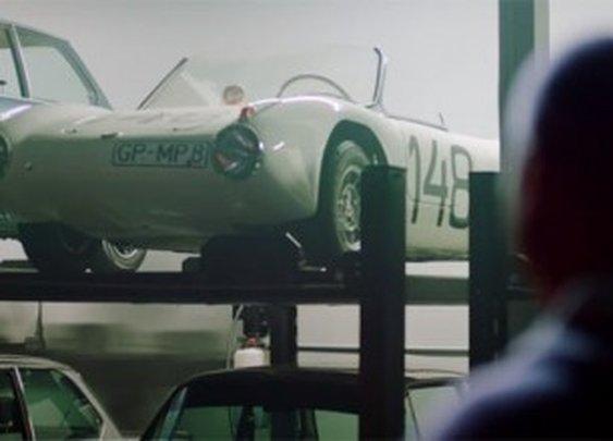 Video: The Secret BMW Car Collector