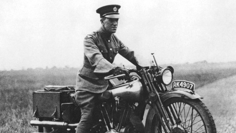 Lawrence of Arabia and the crash helmet - BBC News