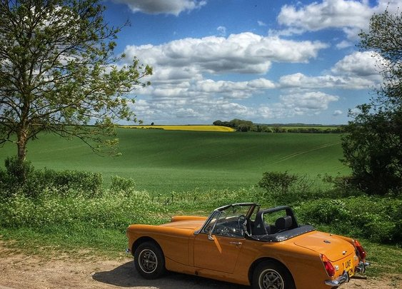 An MGMidget overlooking the South Downs