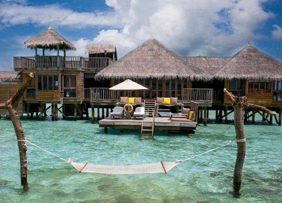 This Maldives Resort Was Just Named TripAdvisor's Best Hotel of 2015 «TwistedSifter