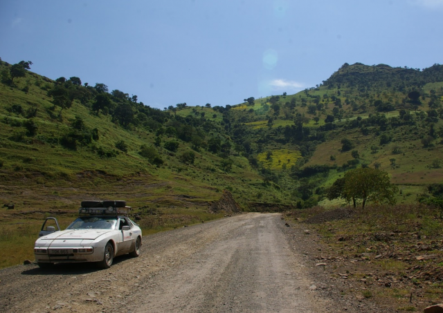 Porsche 944 across Africa | Expedition Portal