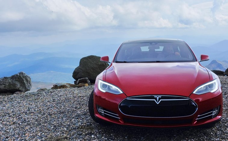 This Tesla (barely) climbed Mt. Washington