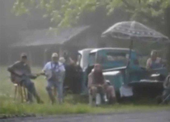 When Rednecks Cheer a Half Marathon in Franklin, TN