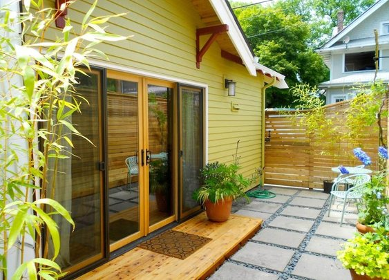 Woman Has Garage Converted into 550 Sq. Ft. ADU Cottage