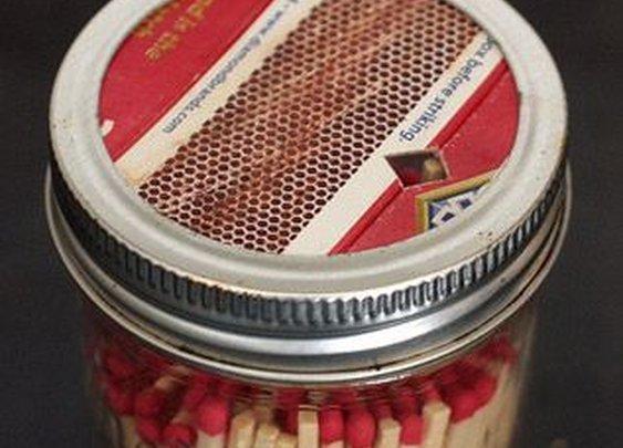 Mason Jar Match Dispenser - DIY Craft's Home Decor