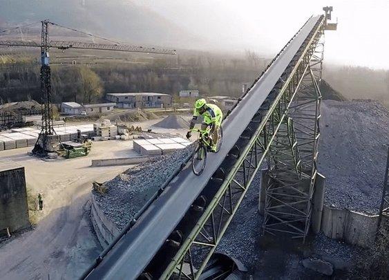 Vittorio Brumotti's Impressive Road Bike Freestyle 2 - Men's Gear