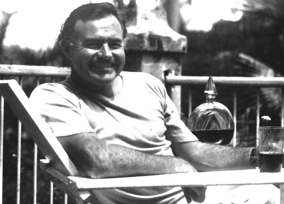 Ernest Hemingway's Favorite Drinks With Quotes - Whiskey, Wine, Absinthe, Bloody Marys - Supercompressor.com