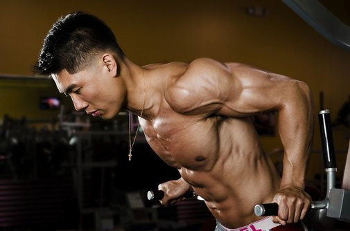 5 Triceps Exercises That Beat Peanut Butter on Pancakes