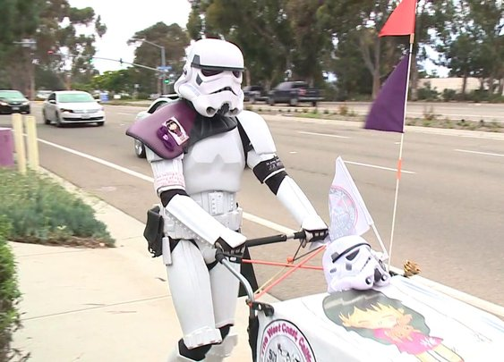 'Stormtrooper' Walks 645 Miles to Comic-Con in San Diego to Honor Late Wife | KTLA