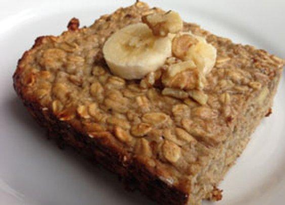 Baked Oatmeal: High Protein Banana Walnut