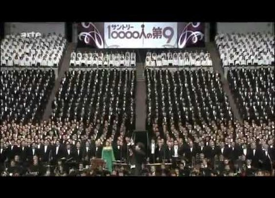 10000 singing Beethoven - Ode an die Freude _ Ode to Joy - YouTube