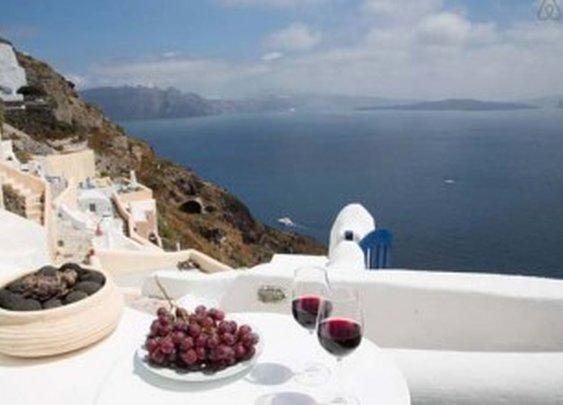 10 Amazing Luxury Properties For Rent in Greece