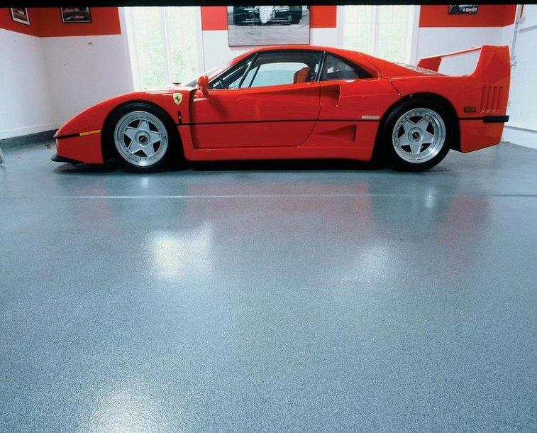 Garage artistic floor paint options