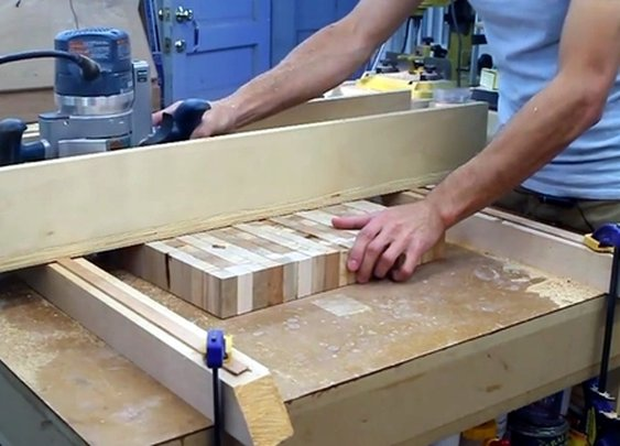 Flatten and Thickness Large Slabs of Wood with a DIY Router Bridge Planer | Man Made DIY | Crafts for Men | Keywords: woodworking, how-to, router, diy