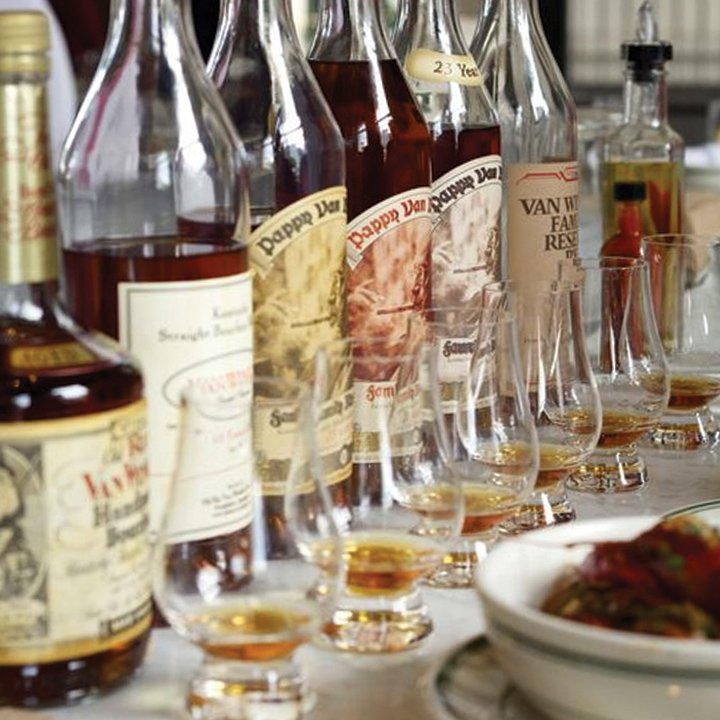 10 Bourbon Bars and Restaurants to Visit Today