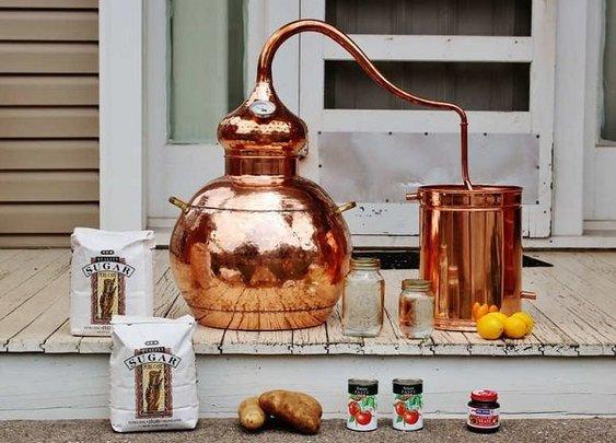 10 Gallon Whiskey Still - Men's Gear
