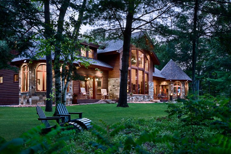 Lakefront Home in Wisconsin
