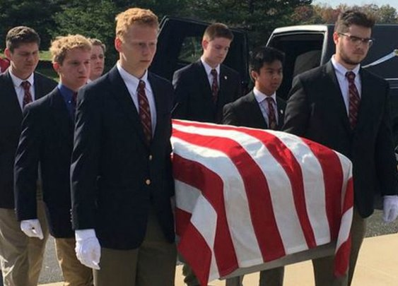 High School Students Serve as Pallbearers for Homeless Veterans Without Loved Ones - Breitbart