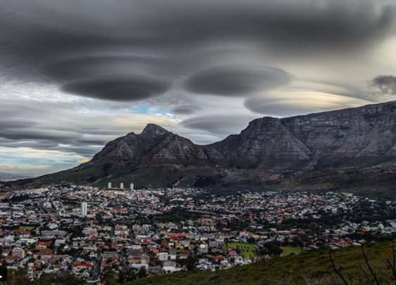 'UFO Clouds' Are Real. Here's How They Happen