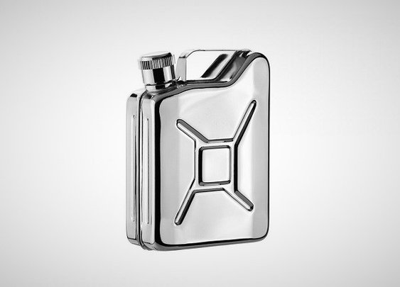 Jerry Can Hip Flask - Helps you deal with cold weather