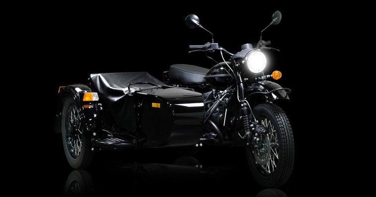 This Star Wars-Themed Ural Motorcycle Sidecar Comes With a Lightsaber | WIRED