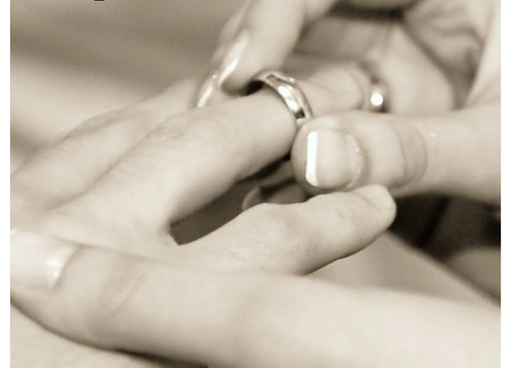An Ode To The Married Man To My Right | Skinny and Single