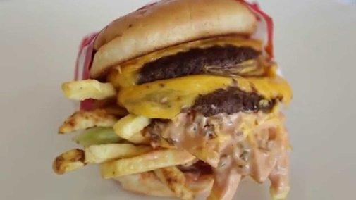 The Ultimate Guide to In-N-Out Burger Menu Hacks | Foodbeast Labs