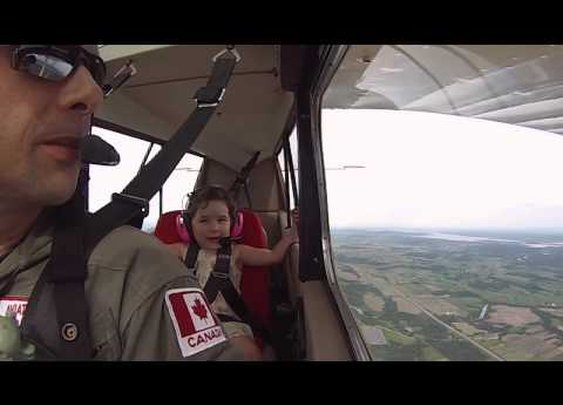 4-Year-Old Goes on First Aerobatic Flight
