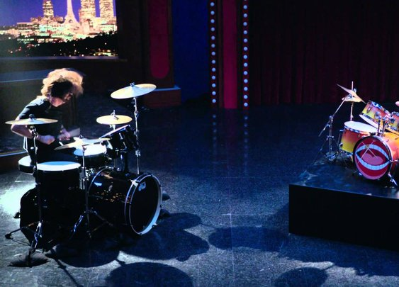 Dave Grohl and Animal Drum Battle