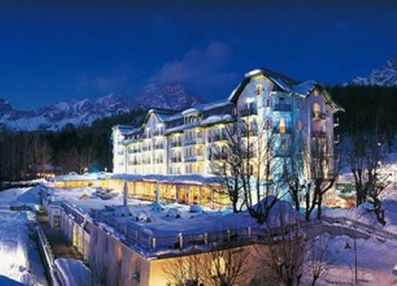 This Incredible Ski Resort Hotels Should be Added to your Bucket List