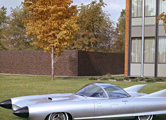 10 Wild Futuristic Concept Cars From the 1950s