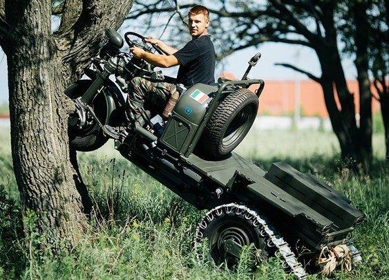 Moto Guzzi Trike 'Mulo Meccanico'   Men's Gear